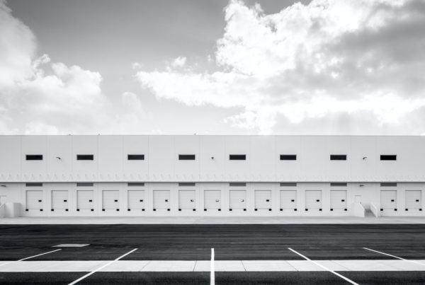 What's the difference between a fulfillment centre and a warehouse?